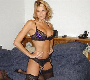 Blondine aus Magdeburg sucht private Ficktreffen